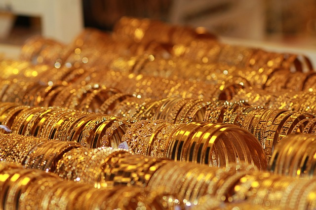Dubai retailers give massive discount on Gold items