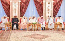 Sheikh Mohammed receives Islamic scholars, preachers and imams