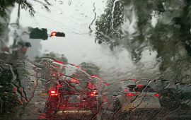 Heavy Rains in the UAE; Several Schools Closed
